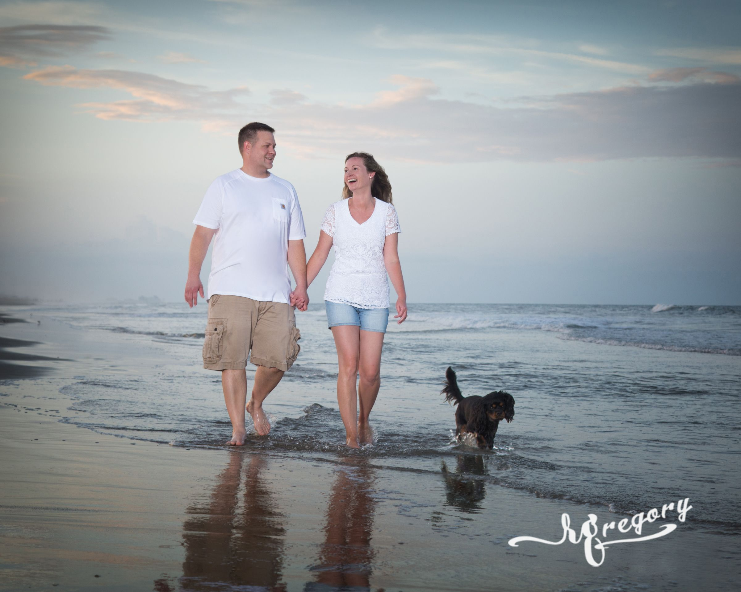 Buchannen couple and pet dog va beach pics