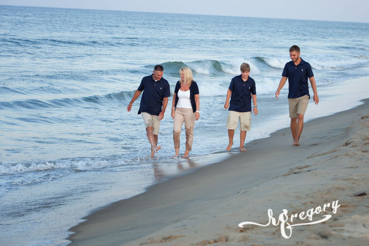 Phillippi family on virginia beach candid pro pic