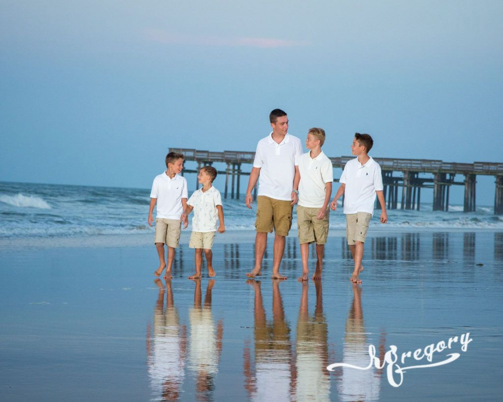 Replogle family children photo reflection on wet beach