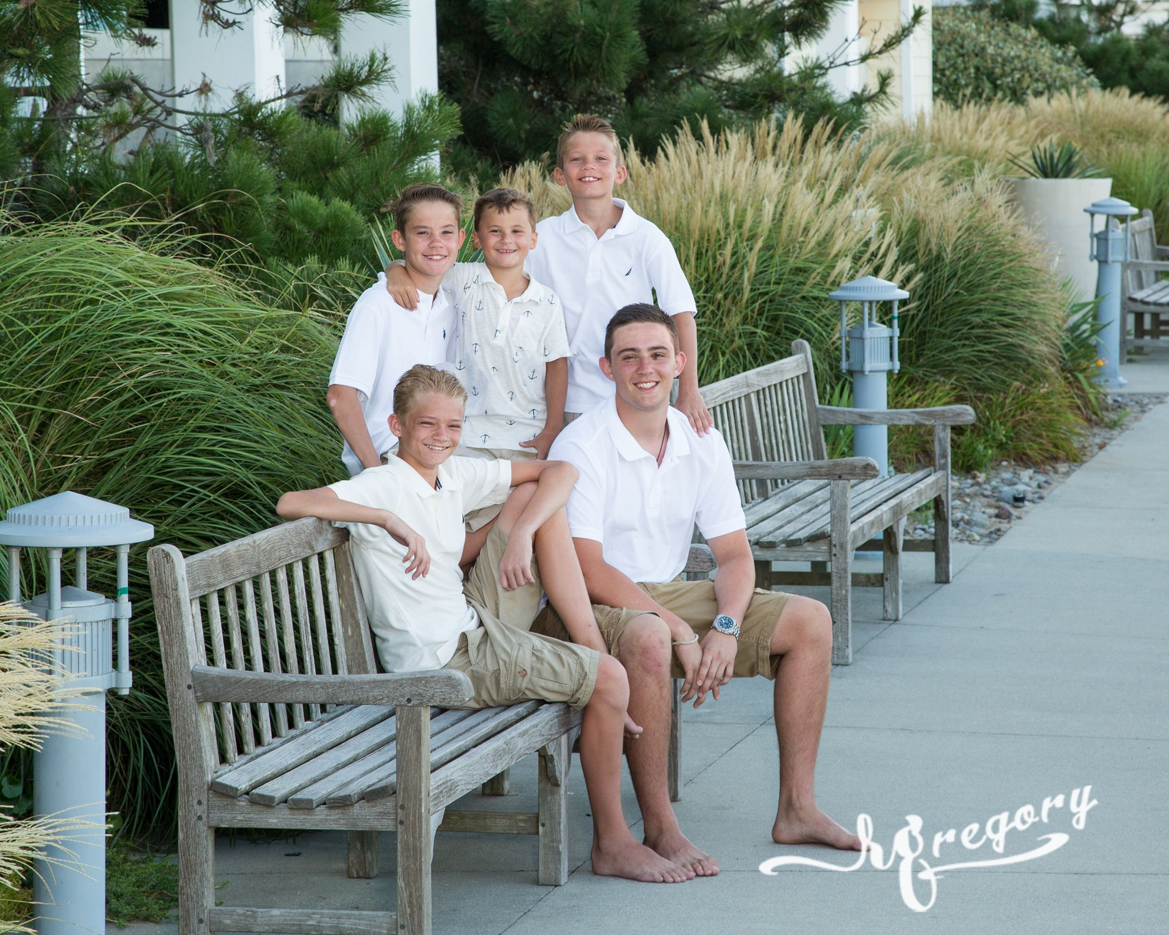 Replogle vacation children photographer family on beach bench