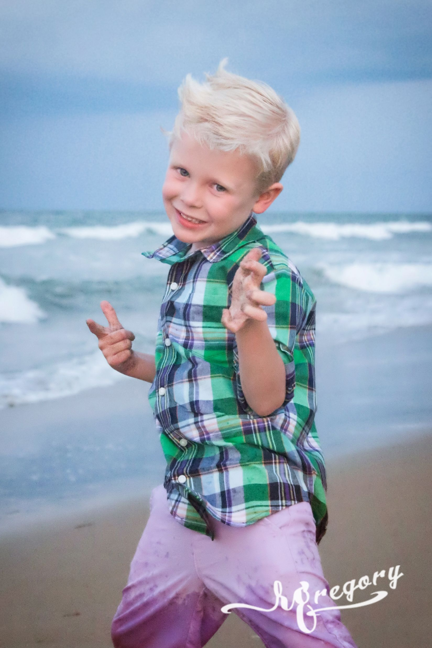 Webb virginia beach photographers candid child