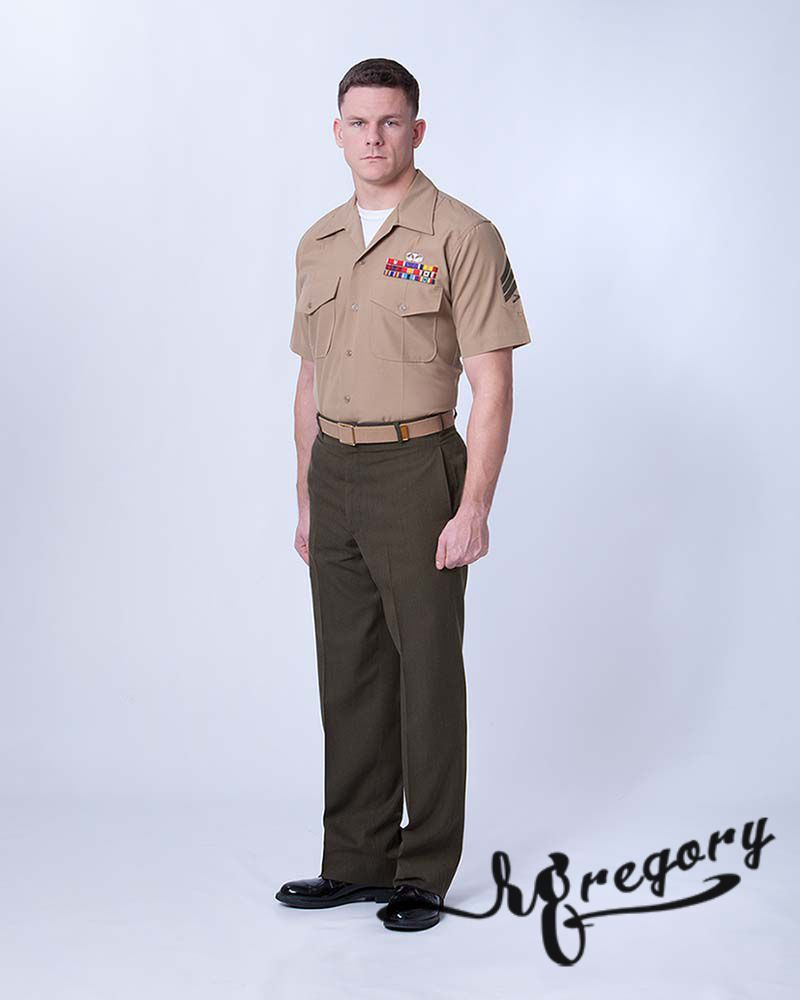 pro pic of military uniform